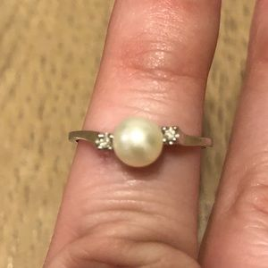 Jewelry - Pearl and diamond ring and earrings